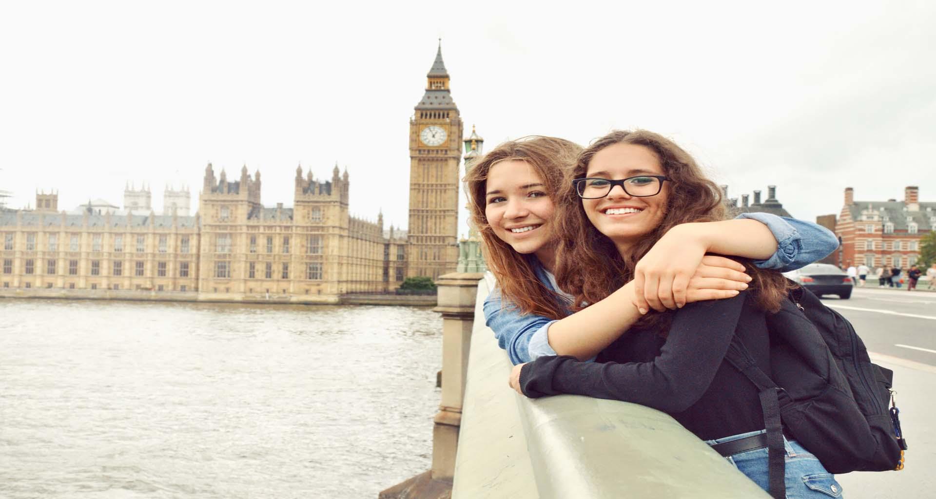 ENGLISH & ACTIVITIES NEAR LONDON