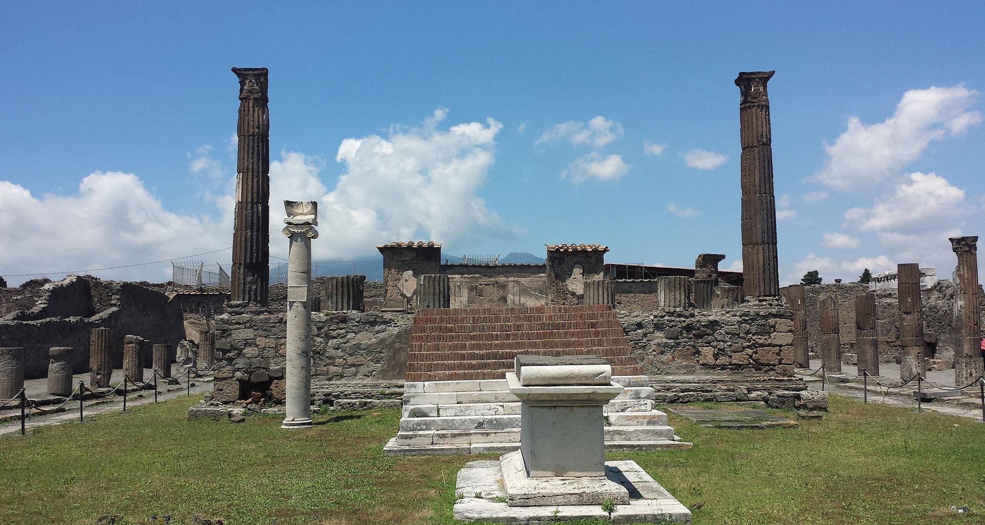 Entre Grecs et Romains