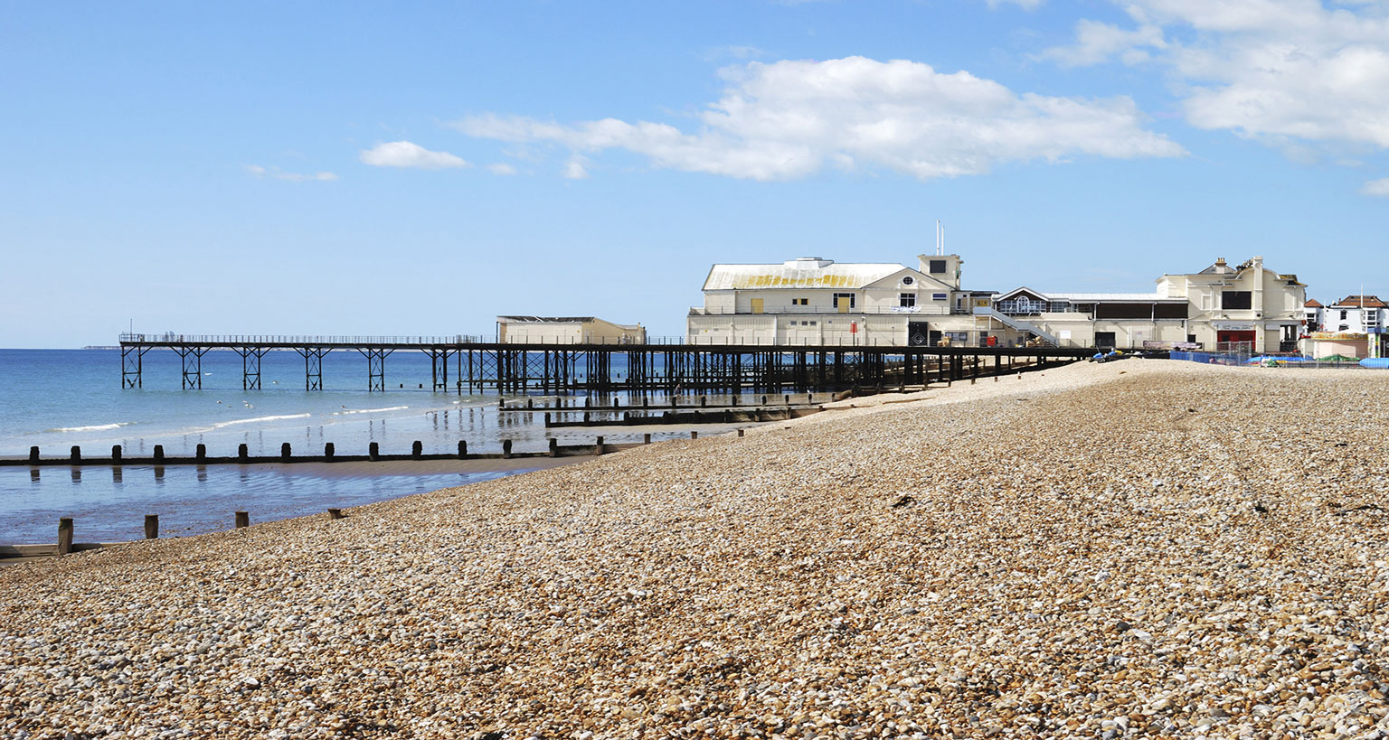 DISCOVER ENGLISH & ACTIVITIES IN BOGNOR REGIS - COLLEGIENS