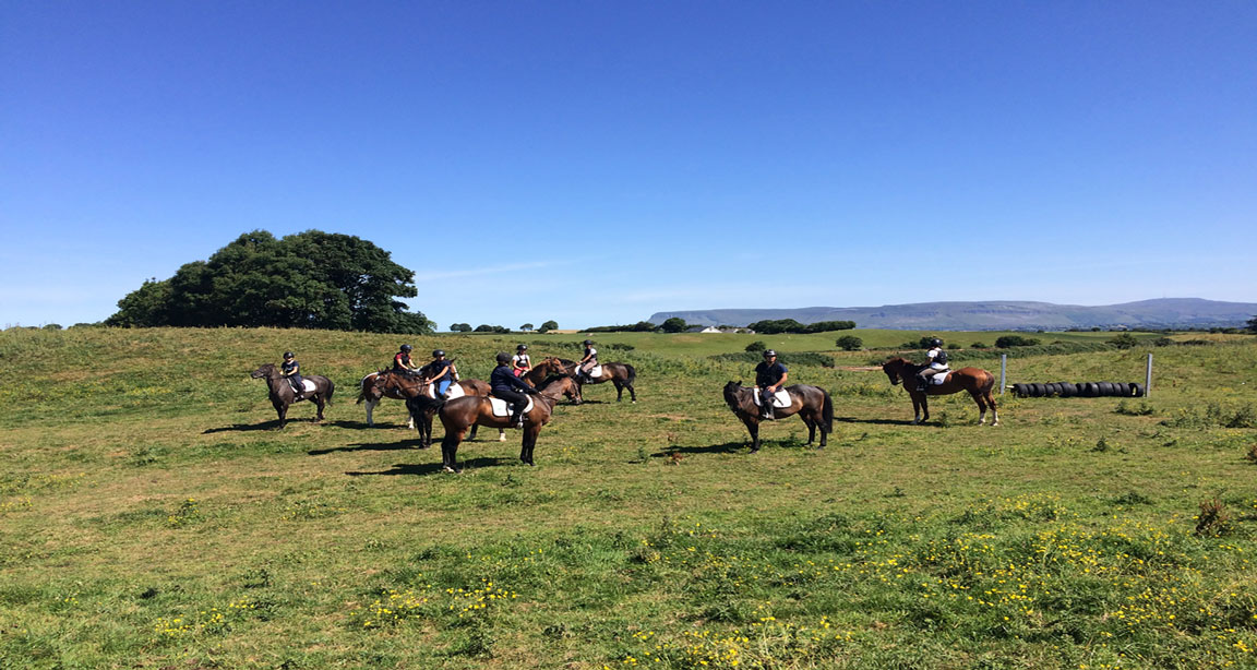 ENGLISH & HORSERIDING IN IRELAND - INTERNATIONAL - SLIGO - COLLEGIENS